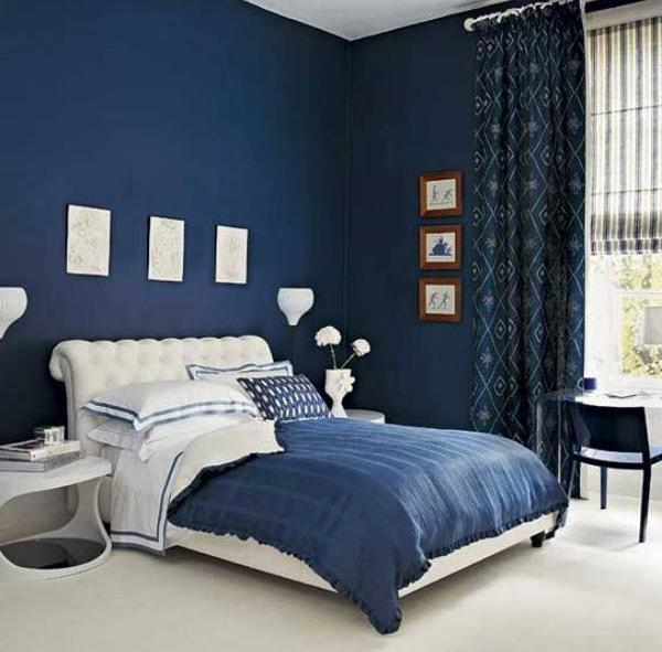 Фото, картины и прочие предметы интерьера сделают дизайн спальни еще более привлекательным