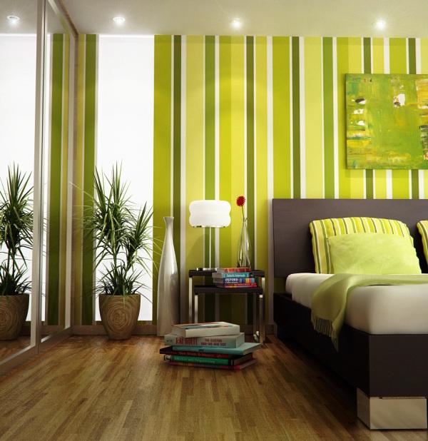 Фото: вертикальные полоски придают комнате ощущение более высоких потолков, а природный зеленый цвет делает комнату более уютной