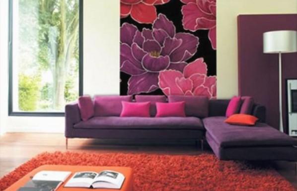 модные обои для зала 2015 сочетание с мебелью розовыми сиреневыми цветами