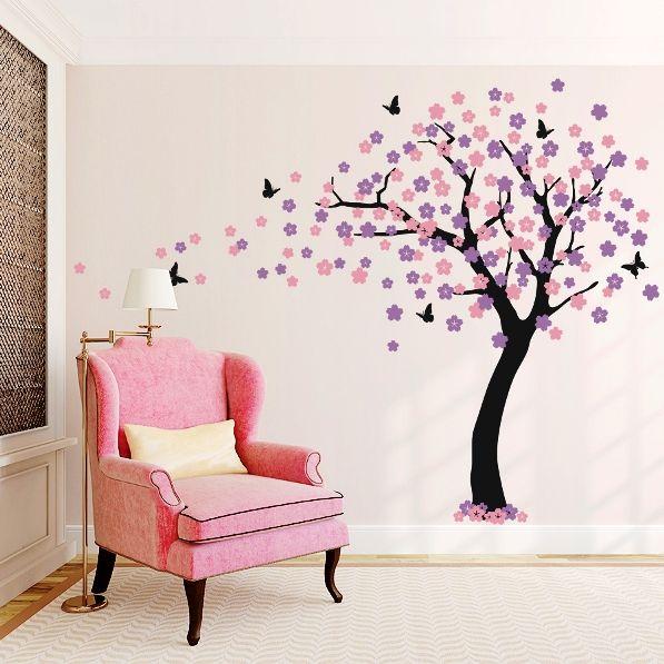 сакура на стене комнаты рисунок