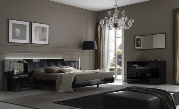 Темное оформление в большой спальне