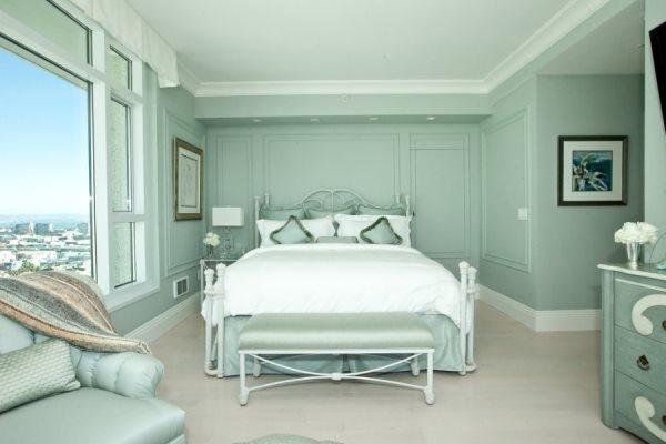 Спальня, в которой ощущается мята