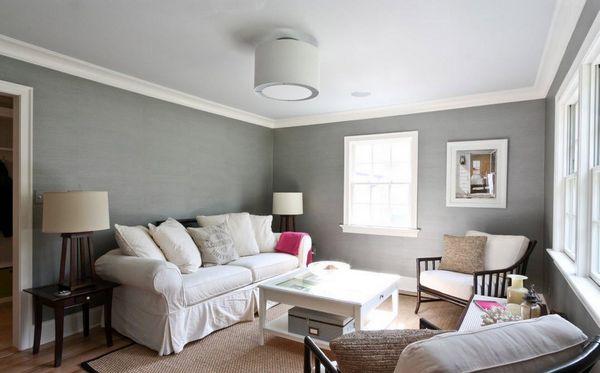 Классический интерьер с серыми стенами