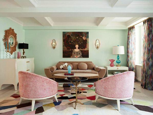 гостиная с обоями мятного цвета