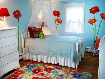 модные обои для детской комнаты 2015 голубые красные цветы