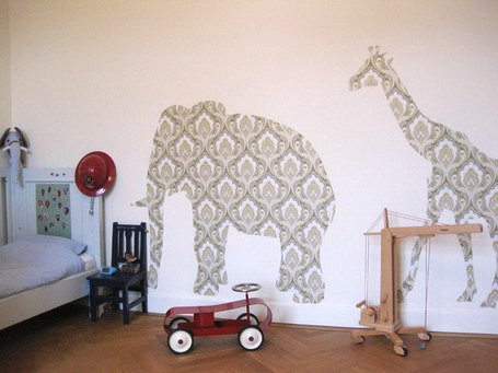 модные обои для детской комнаты 2015 слоны жирафы животные