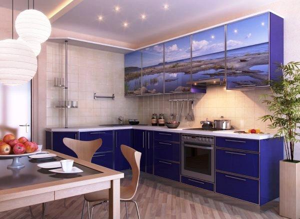 Кухня с синим акцентом