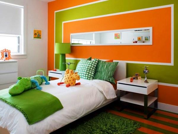 Фото: прекрасный вариант для детской с оранжевыми деталями