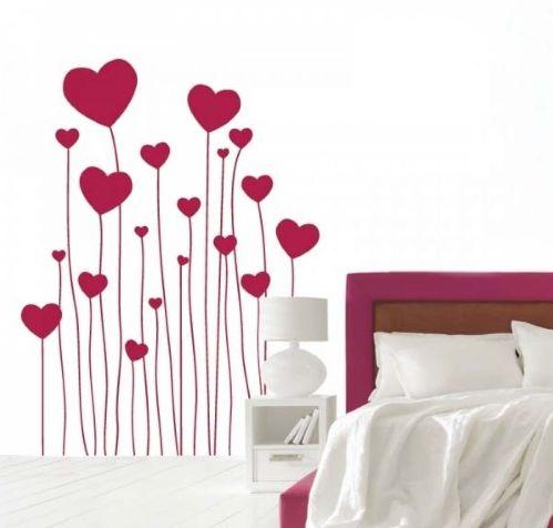 Ваша спальня станет более романтичной благодаря такому стикеру