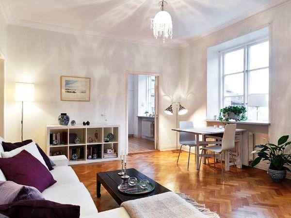 Комната должна хорошо освещаться как дневным, так и искусственным светом