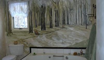 Фотообои в туалете с деревьями