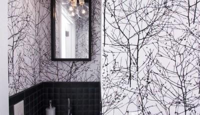 черно-белые обои для ванной