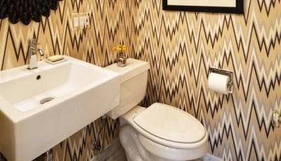 дизайн интерьера туалета с обоями