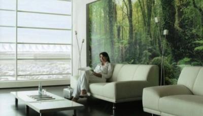 фотообои в интерьере гостиной зелень