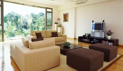 коричневая мебель какие обои лучше выбрать для зала гостиной