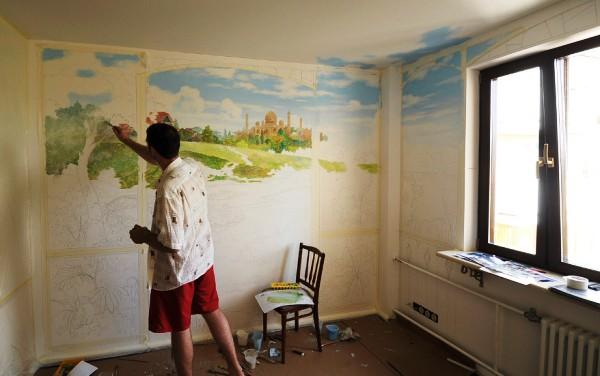 как сделать акриловый рисунок на стене комнаты