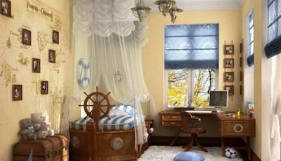 красивая комната с обоями в морском стиле