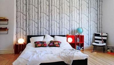 обои с деревьями в спальне