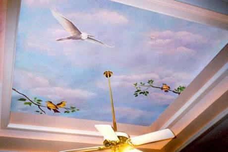 Стремительная птица в полете - прекрасный вариант