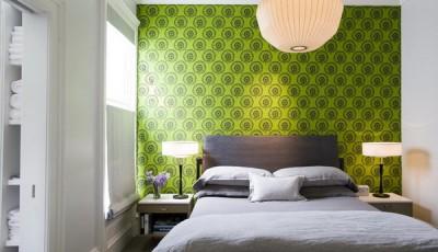 модные зеленые обои для спальни 2016 года пастельных тонов