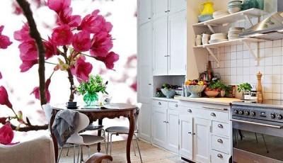 Фотообои для кухни возле стола