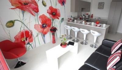 фотообои на кухню красные цветы