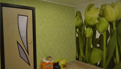 фотообои тюльпаны в комнате