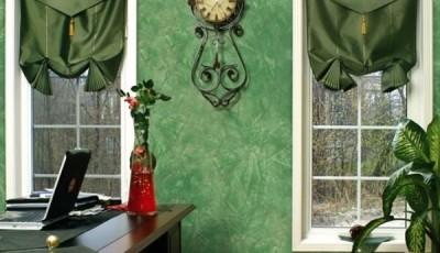 обои венецианская штукатурка зеленые в интерьере