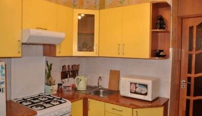Обои для маленькой кухни в хрущевке желтые