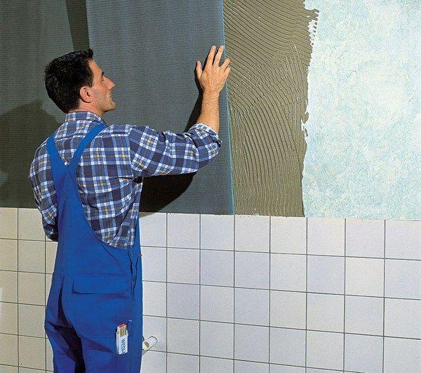 Не знаете, как выровнять стены в ванной комнате? Не переживайте. Для этого не обязательно нанимать бригаду мастеров. Все работы можно выполнить самостоятельно