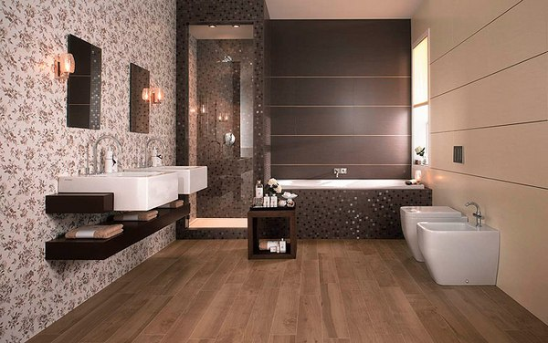 Наиболее частое место в квартире, где можно комбинировать плитку и обои - это ванная комната (пример на фото)