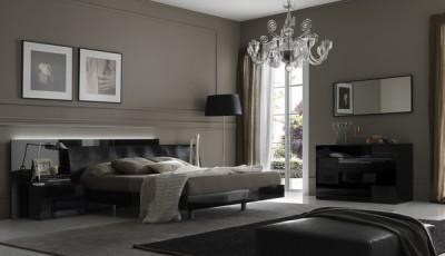 Современные серые обои в интерьере спальни