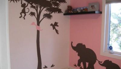 Угловые фотообои на две стены для детской