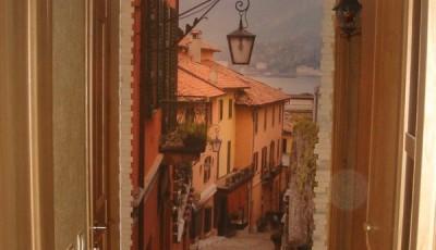 Фотообои для коридора старый город