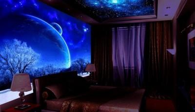 Фотообои и потолок космос