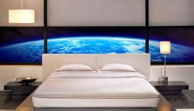 Фотообои с изображениями космоса в спальне