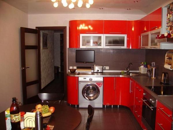 Бежевые обои для кухни красного цвета
