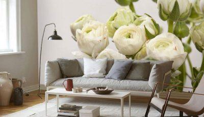 Фотообои с белыми пионами в гостиной