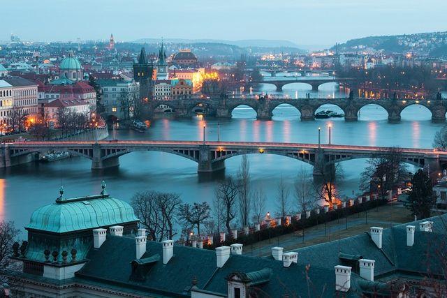 Фотообои с мосты в Праге