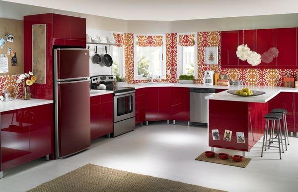 Обои для кухни красного цвета