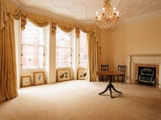 Красивые обои для зала: обзор стиля