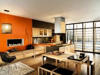 Обои оранжевого цвета в оформлении интерьера